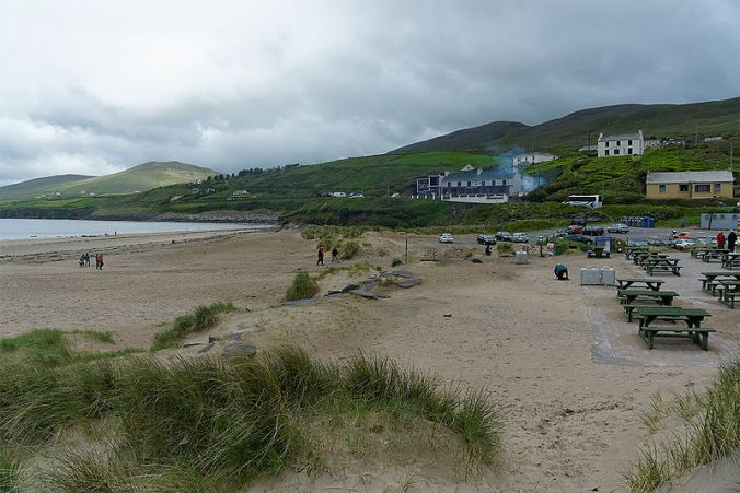 Beach_at_Inch_in_Dingle_Bay_Kerry_Ireland